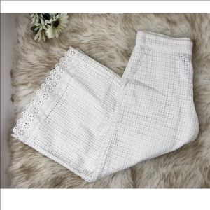French Connection Flared Capri Pants Crocheted